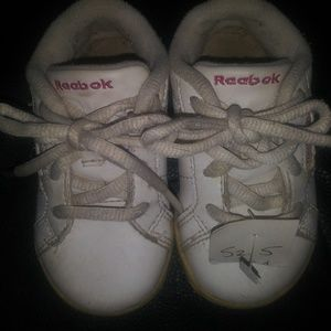 Infant Girls Reebok size 5c